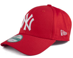 Красная бейсболка New Era 9forty NY Yankees