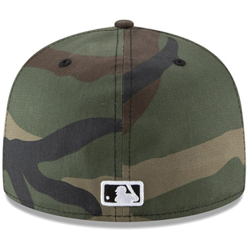 Бейсболка 59FIFTY NY YANKEES WOODLAND CAMO камуфляжная